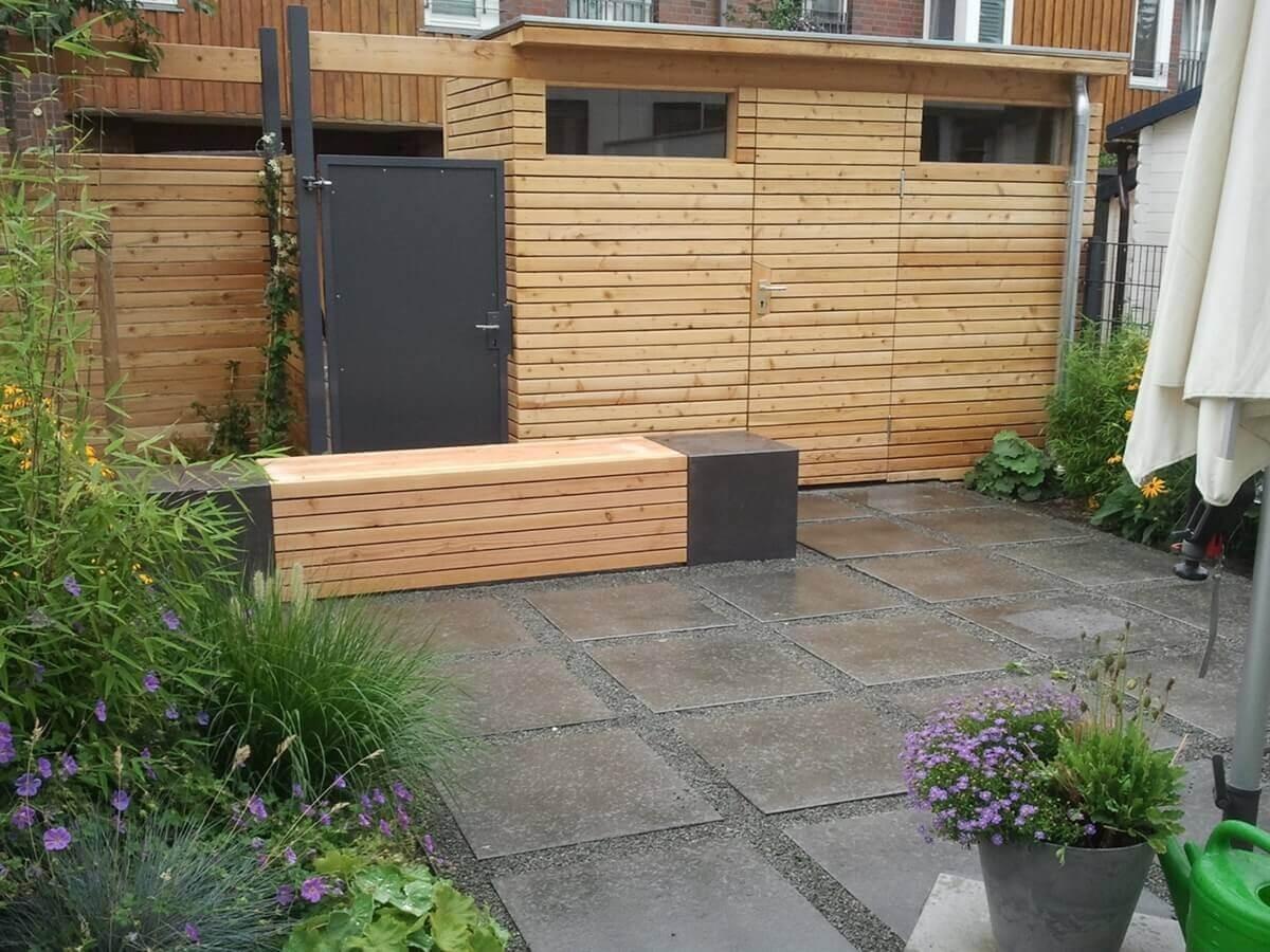 Reihenhausgarten mit Gartenhaus 1 vollbild