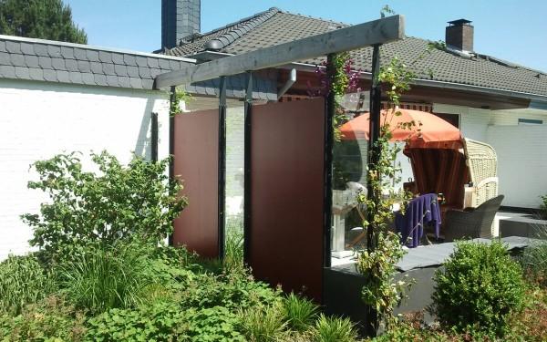 Windschutz und Terrasse 2