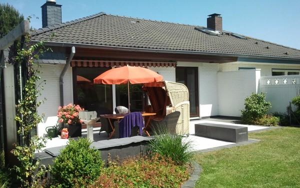 Windschutz und Terrasse 3